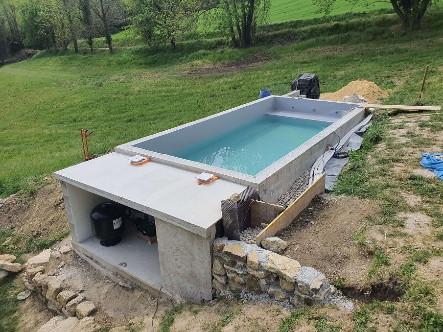 piscine traditionnelle pvc armé gris sourie
