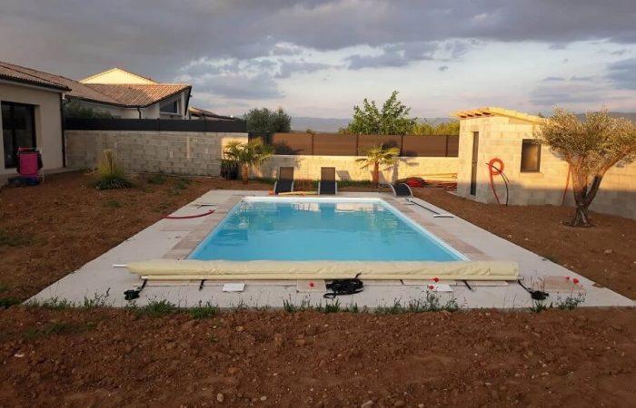 piscine monobloc 10x5